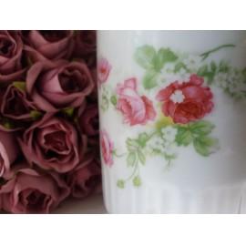 Zsolnay rózsás bögre